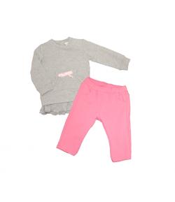 Kétrészes szürke felső, rózsaszín nadrággal