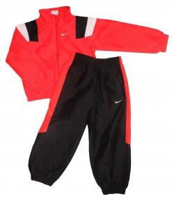 Nike - Piros-fekete színű szabadidő szett 110-116