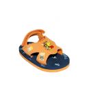 Micimackó figurás kocsi szandál narancs színű felsősrésszel