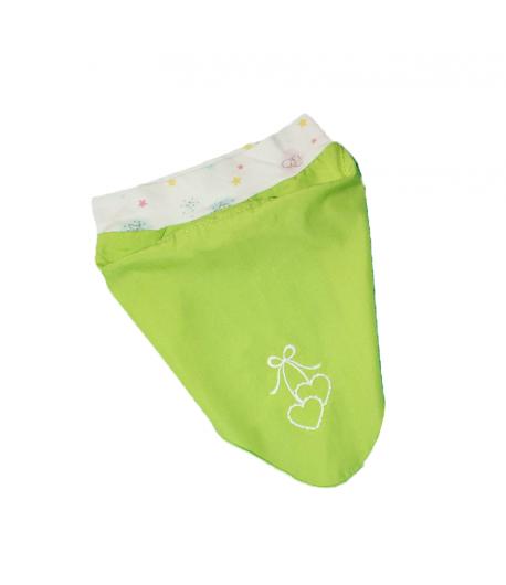 Zöld kislány fejkendő